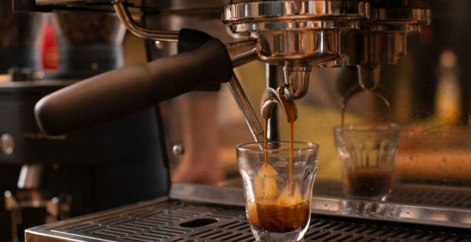 """What Do """"Bars"""" Mean for Espresso Machines"""